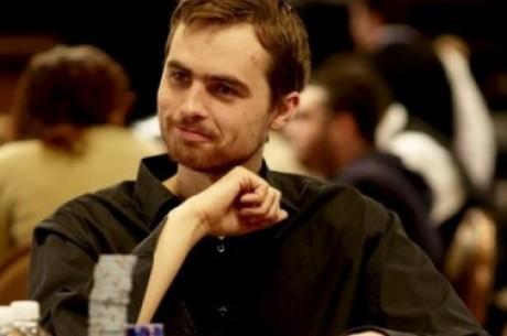 European Poker Tour Berlín, Den 1: Kabrhel out, Růžička jede dál
