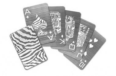Poker mniej serio - 6 ciekawych talii kart