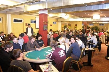 Két magyar a döntő asztalon a Greek Poker Touron