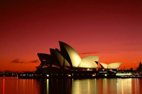 Австралия подгони незаконните реклами на хазарт