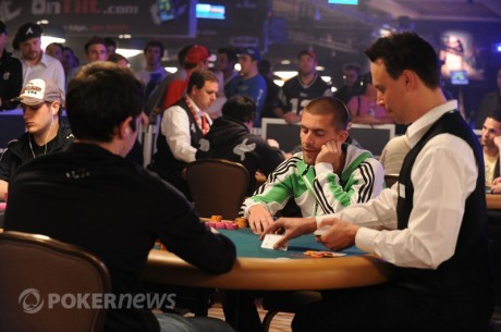 WSOP 2011 Dia 2: Hansen nas Quartas de Final do $25K HU; Akkari Fora do $1,500 Omaha Hi-Lo