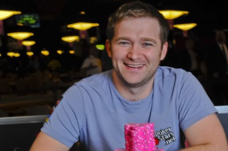 2011 World Series of Poker Dag 5: Katchalov Vinder Stud Bracelet og Ho Når Event #4 Final Table