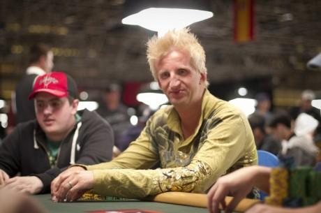 2011 WSOP dag 15: Høivold spilte $1.500 Stud 8 og Håkon Lundberg er nr 6