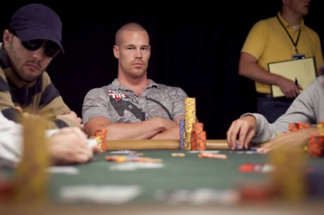 Pět nejvíce sexy hráčů pokeru