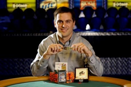 WSOP Evento #25 - Chris Viox fica com a Bracelete Seven-Card Stud Hi-Lo! ($200,459)