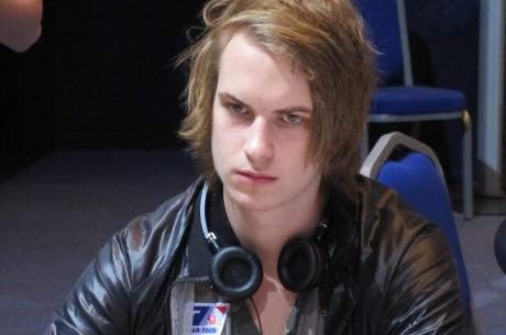 Isildur1 води след онлайн уикенда с печалба от $300k