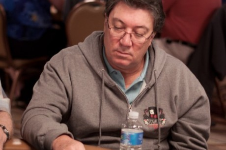 WSOP Evento #46: Fernando Brito OUT & Alan Sternberg Chip Leader