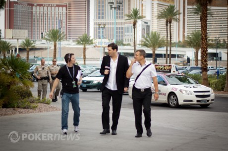 2011 World Series of Poker Day 40: Hellmuth Arrives to the Main Event