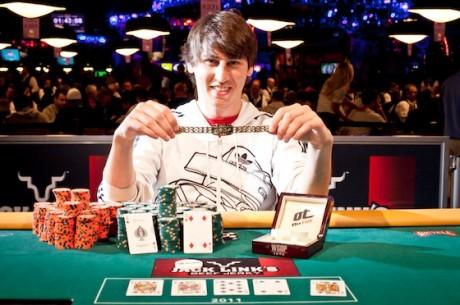 2011 World Series of Poker 38. nap: Anter royal flushsel lett világbajnok