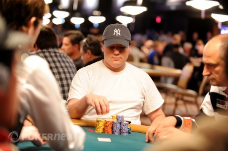 2011 World Series of Poker Day 42: Mozhnyakov Leads, Deeb Lurks in Main Event Day 2a
