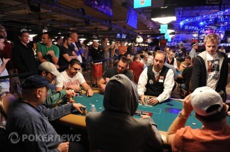 WSOP 2011: Можняков чіп-лідер + День 2А Main Event