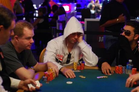 Raport WSOP -  Piotrek wygrywa $19,359