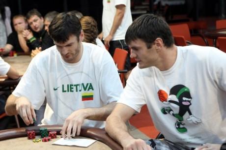 Lietuvos rinktinės krepšininkai mėgavosi sportiniu pokeriu