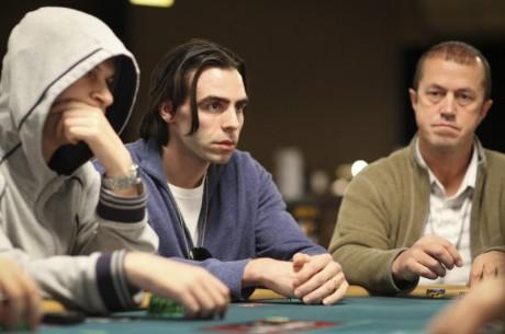 WSOP ranka: Informacijos išgavimas ir rankos nuslėpimas
