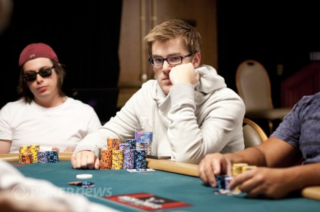 "WCOOP 1. nap: Ashley ""DYBYDX"" Mason $430.000-t nyert a High Roller versenyen"