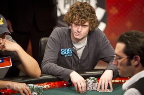 Příprava jednoho z Novemeber Nine WSOP 2011 - Sam Holden