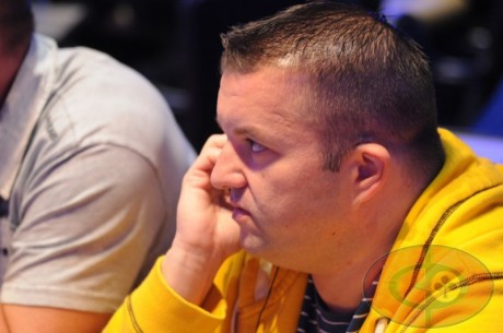 Série fotek z Říjnového Poker Festivalu v Praze (22:09)