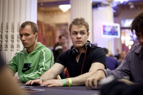Andrew Robl rozebírá handy z cash games