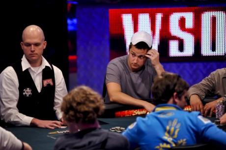 Příprava jednoho z Novemeber Nine WSOP 2011 - Matt Giannetti
