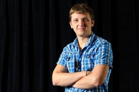 Příprava jednoho z Novemeber Nine WSOP 2011 - Anton Makiievskyi