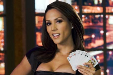 Daily News: Лианн Твидден в Playboy, будущее онлайн покера и...