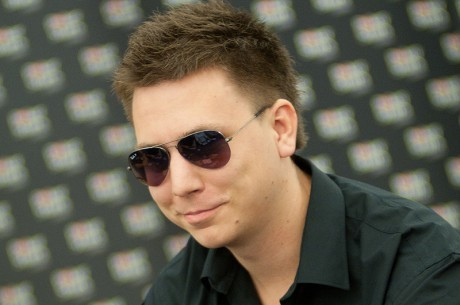"Martinas ""phasE89"" Balazas laimi lažybas dėl PokerStars ""Fifty50"" SnG"