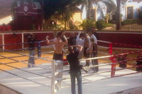 Lex Veldhuis schopt Elky K.O. in de tweede ronde!