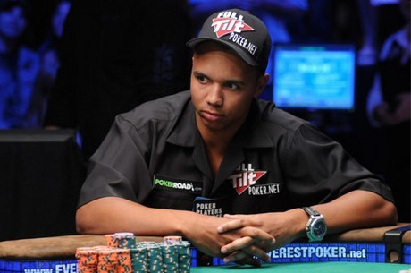 """Czy Phil Ivey to """"RaiseOnce"""" na PokerStars?"""