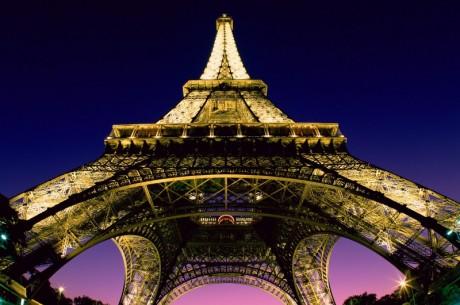 Френските интернет доставчици принудени да...