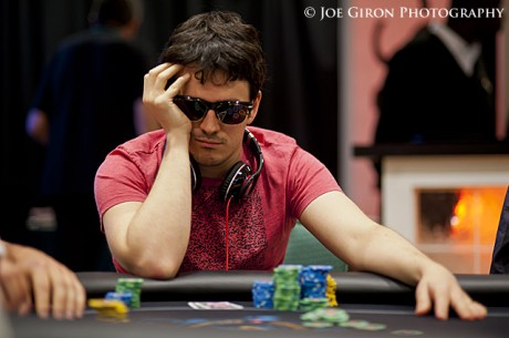 2012 PokerStars Caribbean Adventure Super High Roller dag 1: Haxton leder