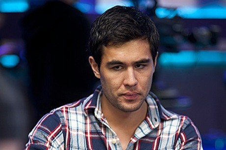 Холл лидирует на финальном столе PokerStars Caribbean Adventure...