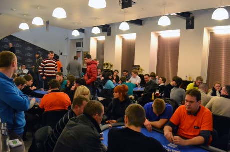 """Savaitgalį """"Pokerio Namuose"""" nugriaudėjo sportinio pokerio klubų čempionatas"""