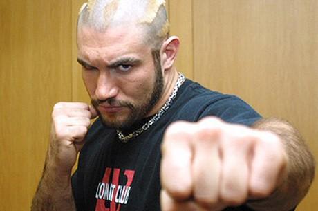 히스 헤링: 종합 격투기 MMA에서 포커 프로로?