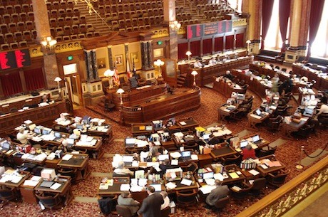 Iowa Senate Approves Online Poker Measure