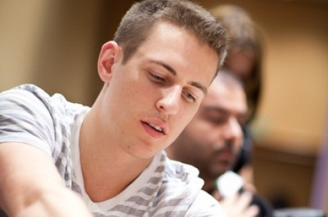 PokerStars.com EPT Madrid Day 2: Майк «Timex» МакДональд перехопив...