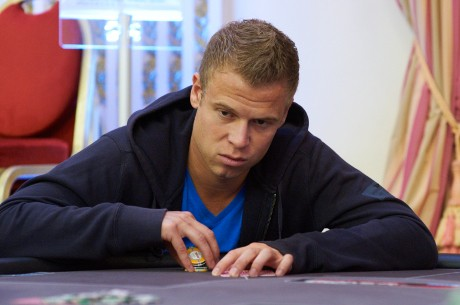 Huge Field Turns Out For 2012 PaddyPowerPoker Irish Open: Sam Chartier Leads