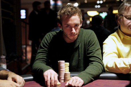 2012 World Poker Tour Beč Dan 1a: David Breitfuss Predvodi Put