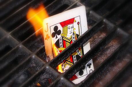 Стратегия покера: когда НЕ ставить рейз