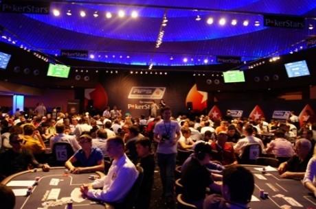 Kirill Kustov llega súper chip leader a la mesa final del RPS Kiev 2012