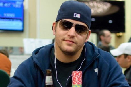 "SCOOP Dag 16: Nick ""GripDsNutz"" Grippo vant SCOOP-H Main Event - Ravn nr 22"