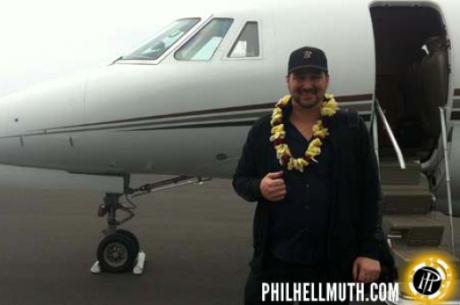 С новия PhillHellmuth.com - по-близо до Poker Brat