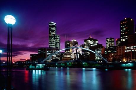 Австралия е далеч, но онлайн покер регулацията я...