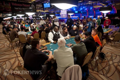 2012 World Series of Poker Dan 1: Chip Saechao Predvodi Casino Employees Event