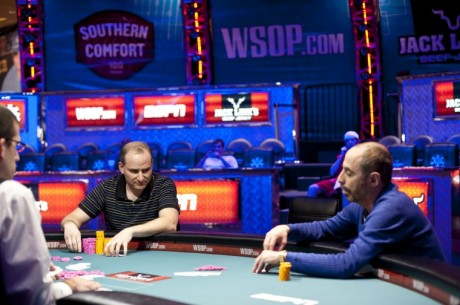 WSOP 2012: Martin Staszko musí do Re-entry, Andy Bloch má náramek