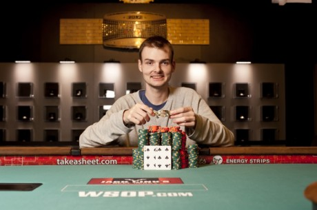 2012 World Series of Poker Dag 18: Simon Charette vant #23 - Ivey nr 3 ved #24