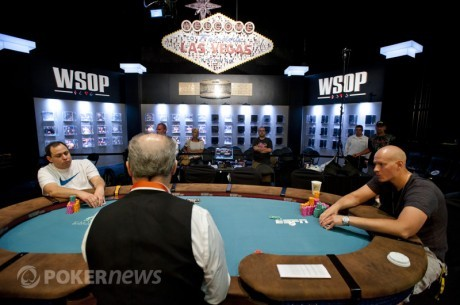 World Series of Poker dzień 26: Esfandiari był blisko, Mueller i Baker walczą o bransoletkę