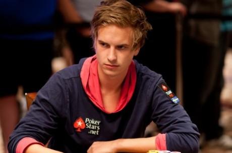 Viktor Blom leder WSOP Event #45 - $50k Championship