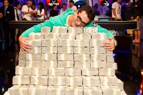 Antonio Esfandiari gewinnt das Big One for One Drop und 18 Mio. Dollar Preisgeld