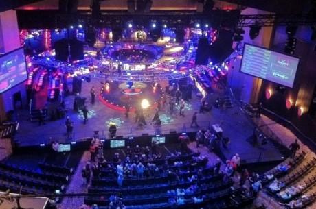 WSOP 2012 Day 1С: Хэддокс - чиплидер Day 1c; Блом, Брансон и...