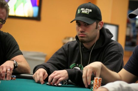 2012-13 World Series of Poker Circuit IP Biloxi Day 2: Cartwright Looks for 5th Gold Ring